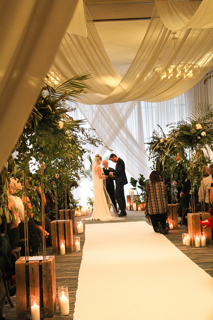 Elegant_Event_Lighting_Chicago_Edgewater_Wisconsin_Wedding_Ceiling_Drapes_White_Cereony_Aisle_Runner