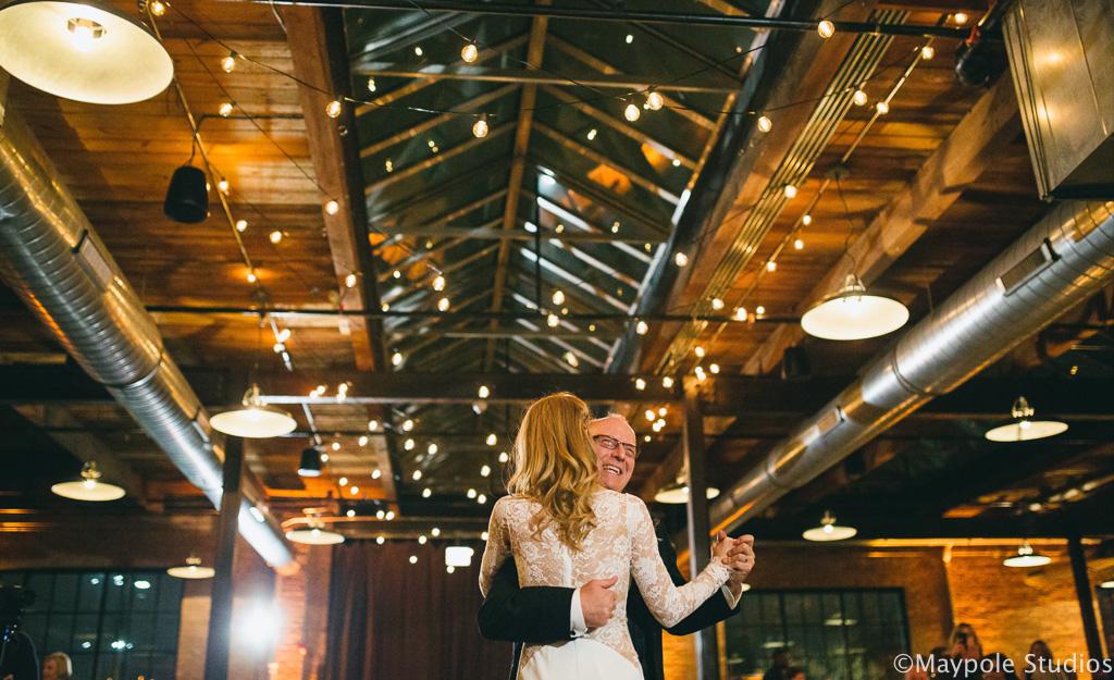 Elegant_Event_Lighting_Morgan_Manufacturing_Chicago_Wedding_Cafe_Globe_Lighting_Dance_Floor