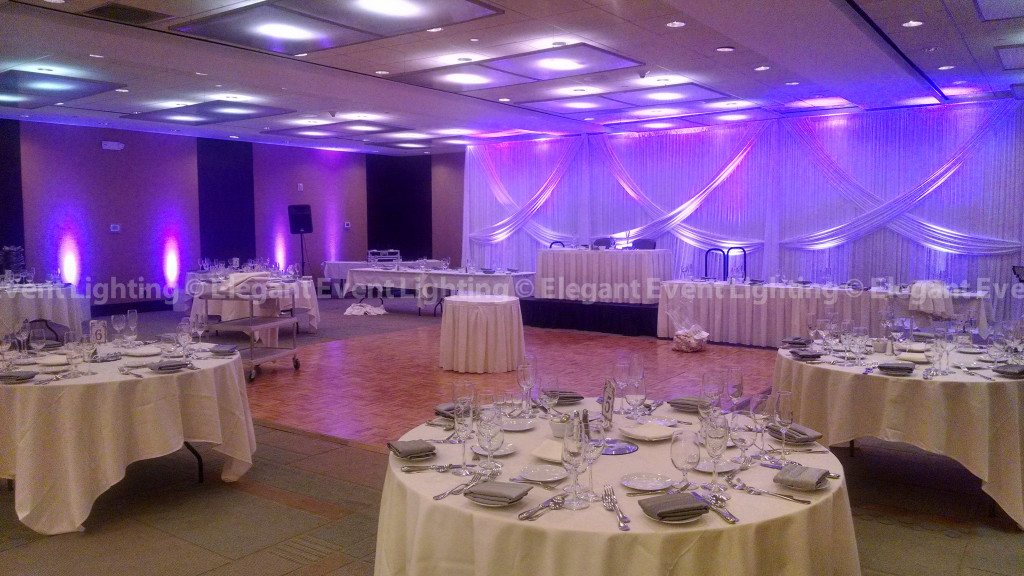 Crowne Plaza Glen Ellyn-Lombard | Reception Backdrop & Uplighting