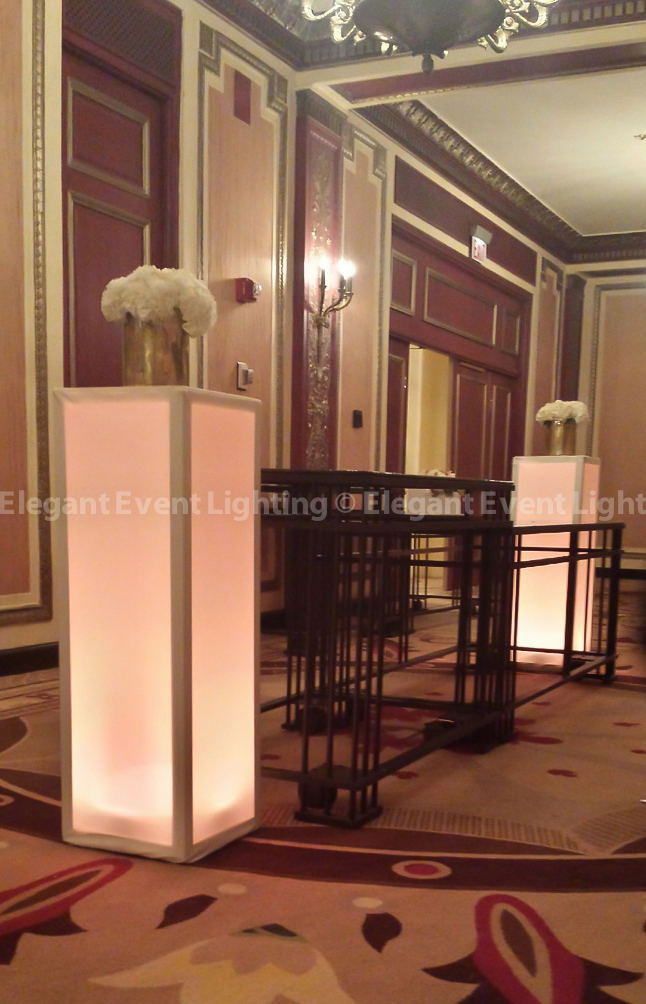 Palmer House Hilton | Lighted Pedestals