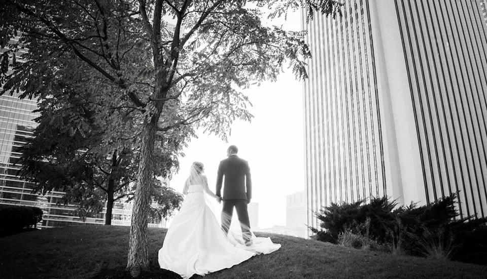 wedding-wishuponawedding-couple-picture