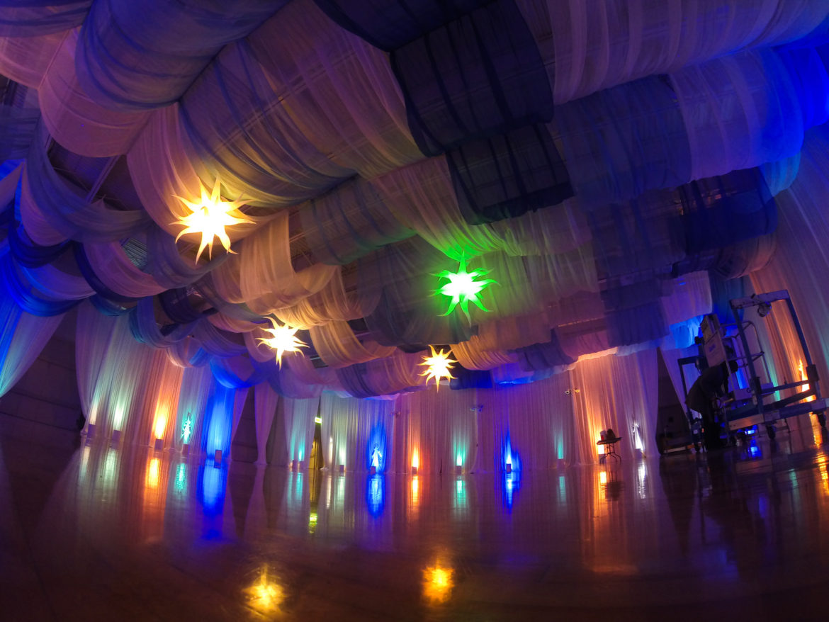 Elegant_Event_Lighting_Ceiling_Draping_Decor_Gym-Draping_Stars_Munster_Indiana