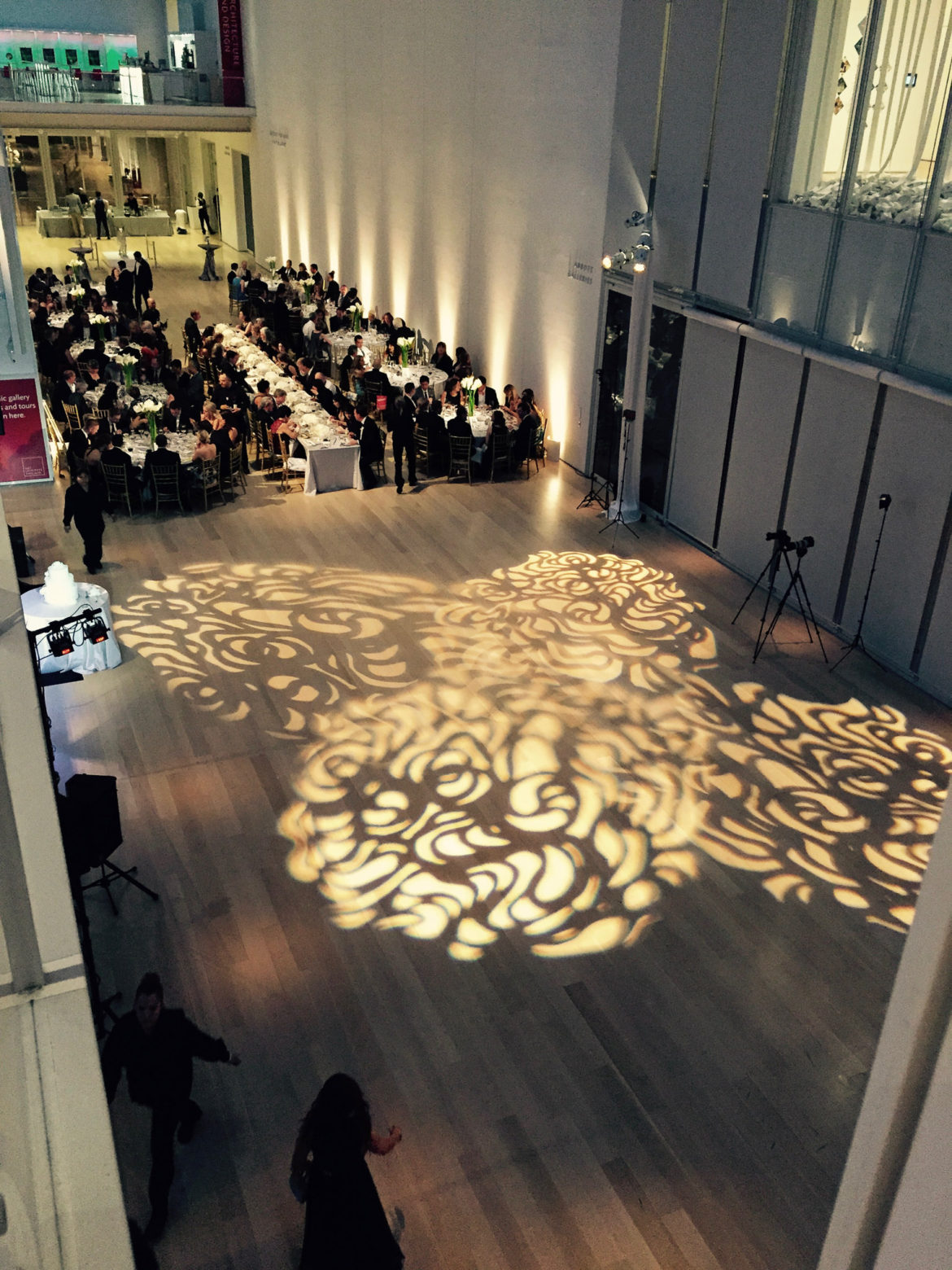 Elegant_Event_Lighting_Chicago_Art_Institute_Griffin_Court_Wedding_LED_White_Uplighting_Dance_Floor_Lighting
