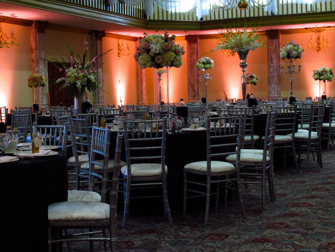 Elegant_Event_Lighting_Chicago_Belvedere_Chateau_Palos_Hills_Wedding_Amber_Uplighting