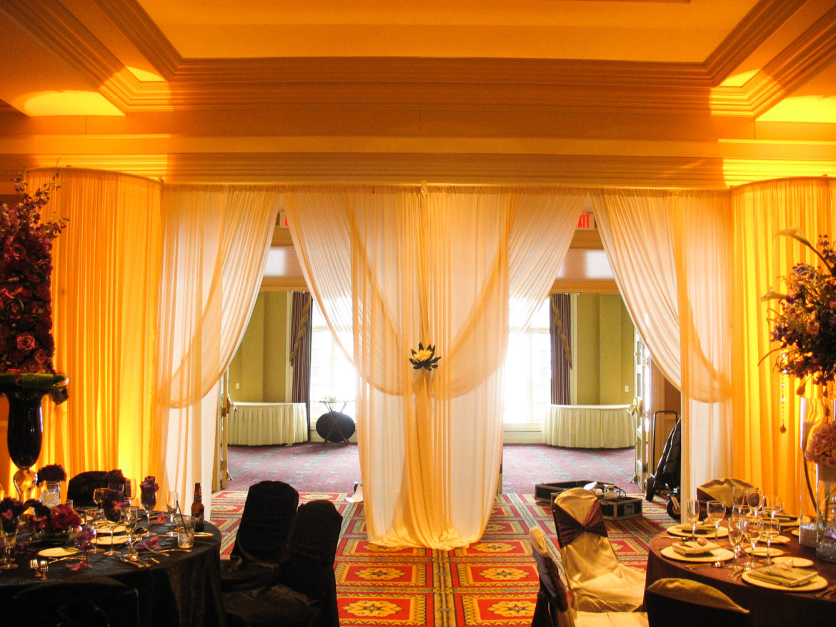 Elegant_Event_Lighting_Chicago_Bolingbrook_Golf_Club_Wedding_Entrance_Draping_Ivory_Amber