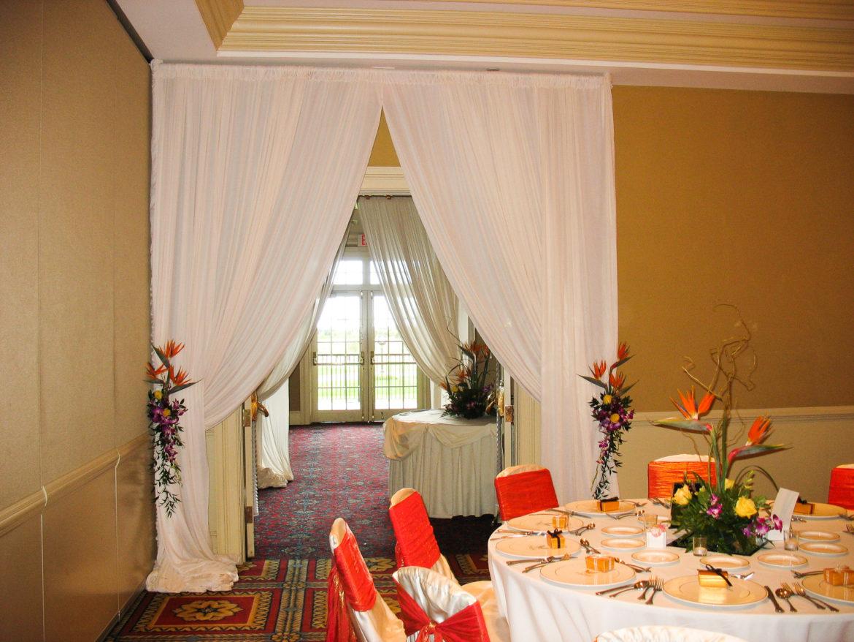 Elegant_Event_Lighting_Chicago_Bolingbrook_Golf_Club_Wedding_Entrance_Draping_White