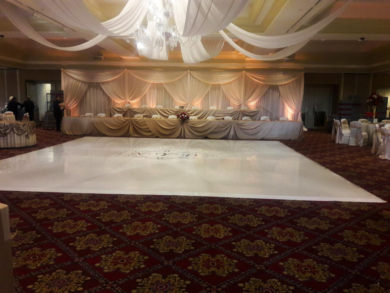 Elegant_Event_Lighting_Chicago_Bolingbrook_Golf_Club_Wedding_White_Dance_Floor_Ivory_Draping_Backdrop_Amber_Uplighting
