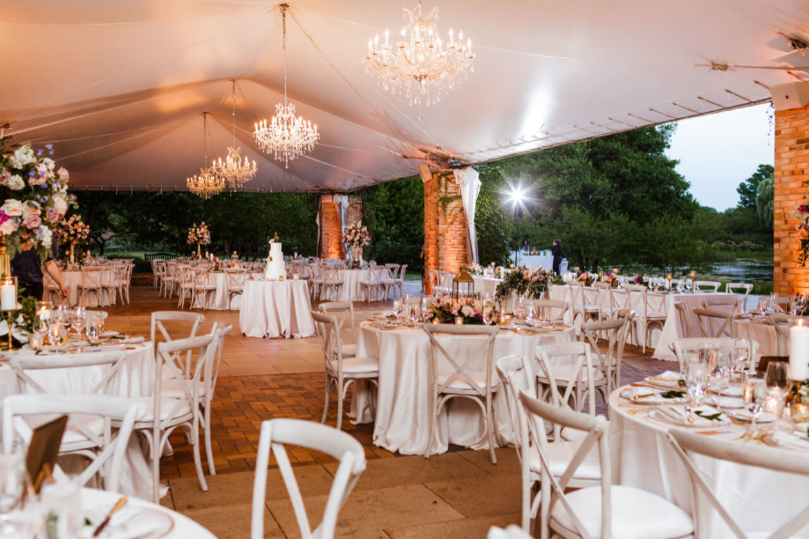 Elegant_Event_Lighting_Chicago_Botanic_Gardens_Glencoe_Wedding_Cafe_Globe_Lighting_McGinley_Crystal_Chandeliers