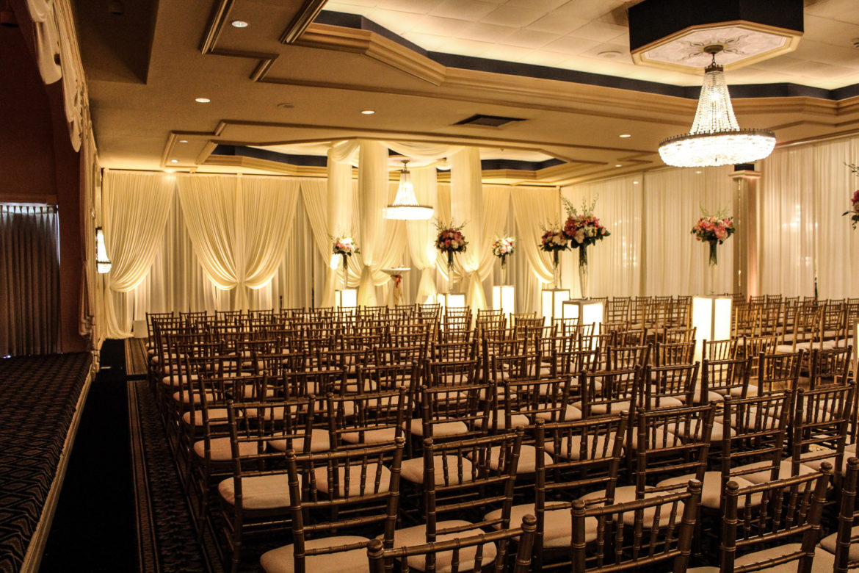 Elegant_Event_Lighting_Chicago_Carlisle_Wedding_Amber_Uplighting_Backdrop_Chuppah_Bridal_Canopy_Flower_Pedestal_Ceremony