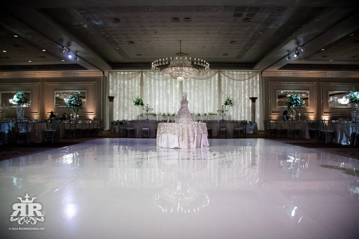 Elegant_Event_Lighting_Chicago_Drury_Lane_Oak_Brook_Wedding_Twinkle_Lights_Backdrop_Dance_Floor_White_Vinyl