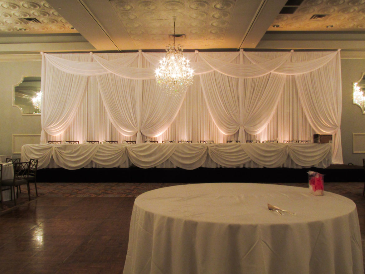 Elegant_Event_Lighting_Chicago_Drury_Lane_Oak_Brook_Wedding_White_Draping_Top_Valences_Swags_Backdrop
