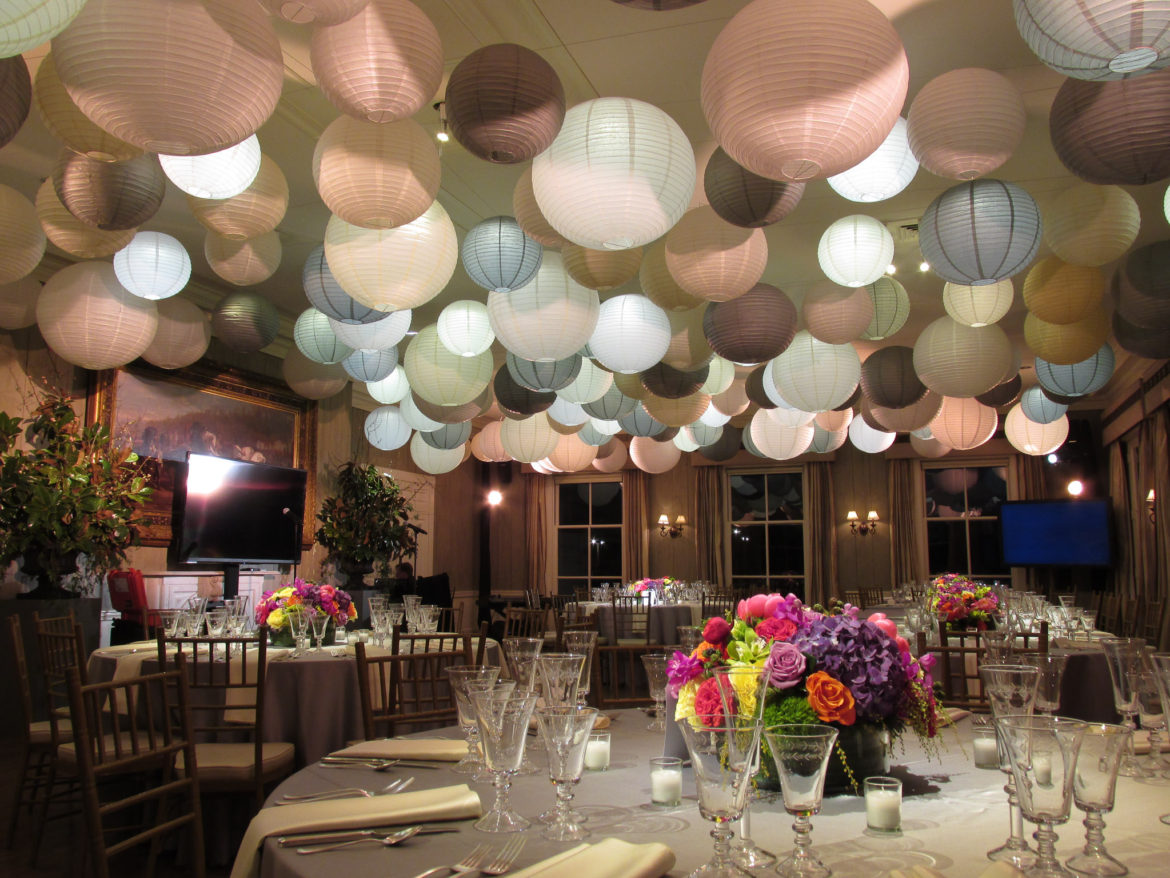 Elegant_Event_Lighting_Chicago_Dunham-Woods_Wayne_Wedding_Paper_Lanterns