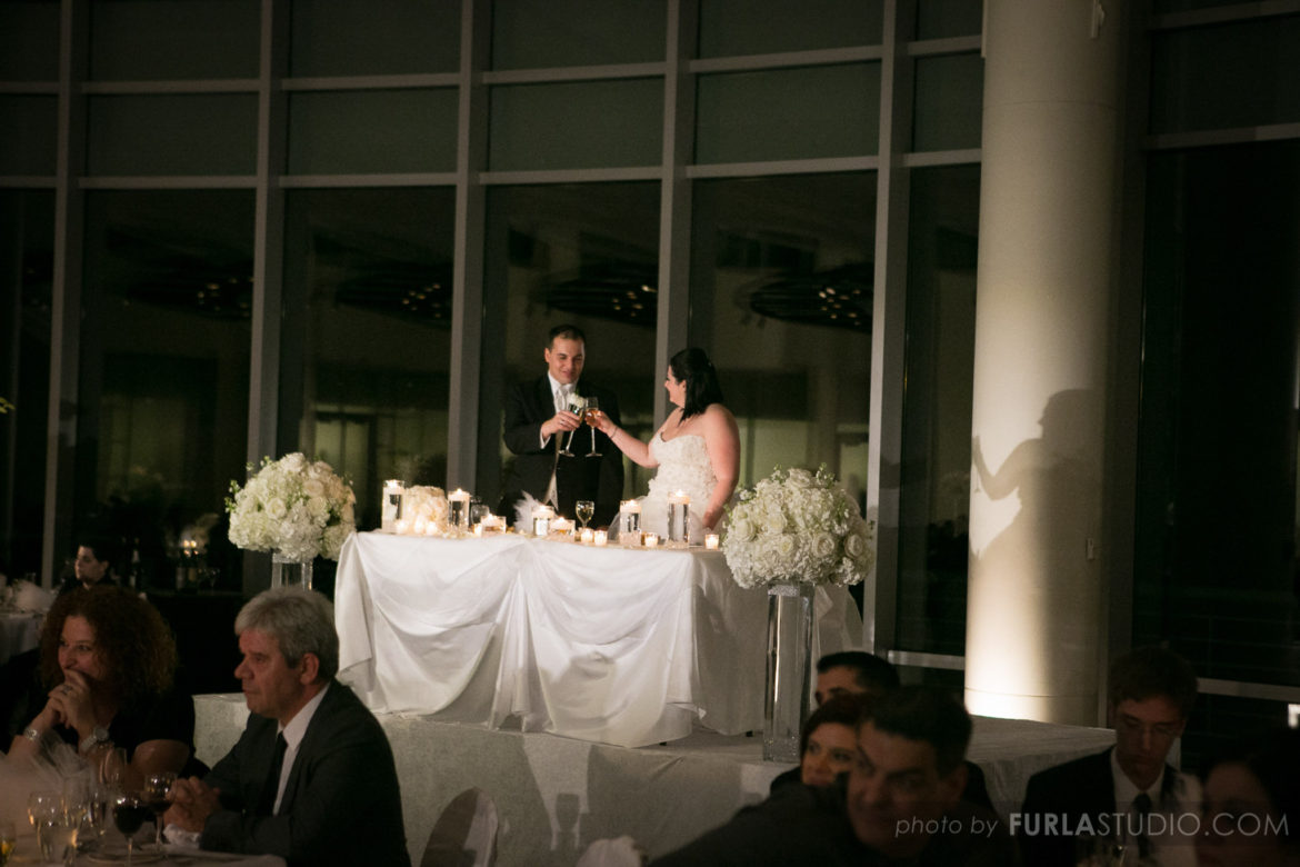 Elegant_Event_Lighting_Chicago_Esplanade_Lakes_Double_Tree_Downers_Grove_Wedding_Head_Table_Lighting_Spotlight
