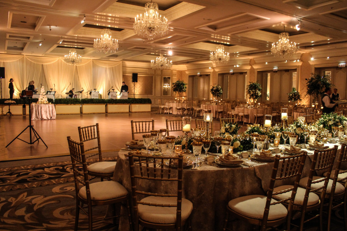 Elegant_Event_Lighting_Chicago_Four_Seasons_Wedding_Dance_Floor_Lighting_Ivory_Backdrop_Flower_Lighting