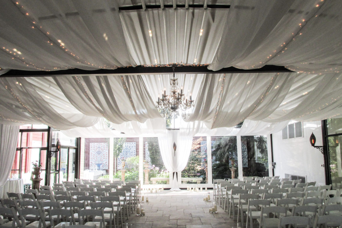 Elegant_Event_Lighting_Chicago_Galleria_Marchetti_Wedding_Twinkle_Ceiling_Drapes_Crystal_Chandelier_Ceremony