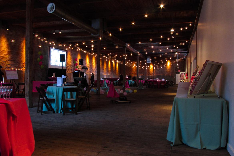 Elegant_Event_Lighting_Chicago_Gallery_1028_Wedding_Cafe_Globe_Lighting