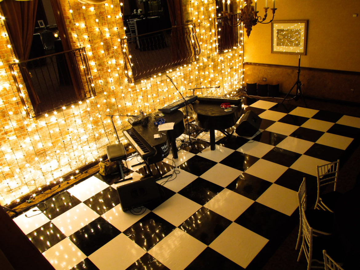 Elegant_Event_Lighting_Chicago_Herrington_Inn_Geneva_Wedding_Black_White_Checkered_Dance_Floor_Gatsy_Vertical_Cafe_Globe_String_lighting