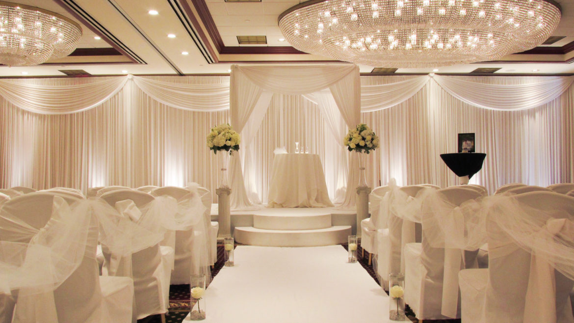 Elegant_Event_Lighting_Chicago_Hilton_Lisle_Naperville_Wedding_Ceremony_White_Bridal_Canopy_Chuppah_Draping