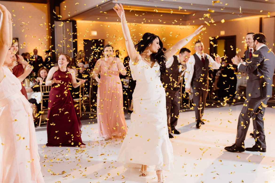 legant_Event_Lighting_Chicago_Hilton_Oak_Brook_Hills_Resort_Wedding_White_Dance_Floor_Gold_Confetti