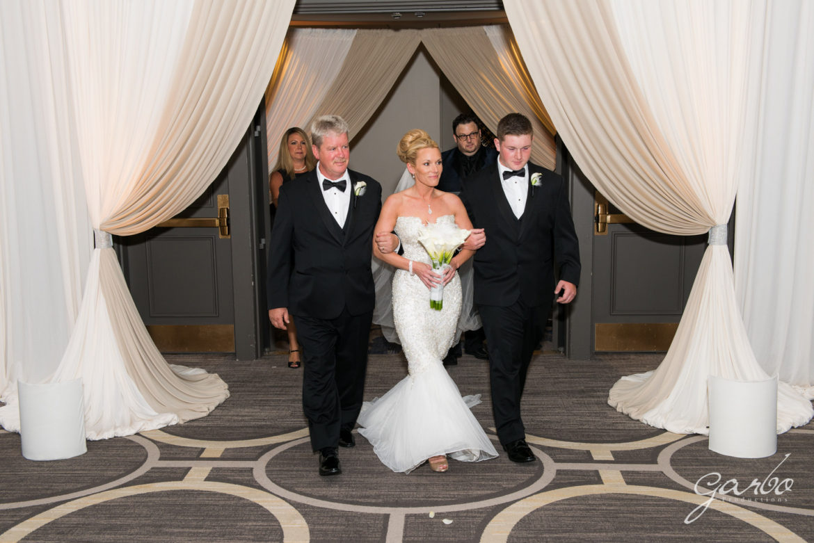 Elegant_Event_Lighting_Chicago_Hilton_Oak_Brook_Wedding_Entrance_Draping_Ivory_Champaign_LED_Amber_Uplightin