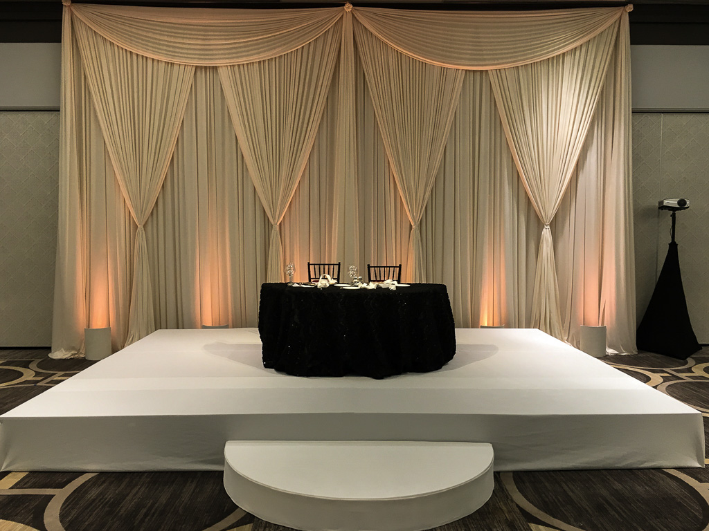 Elegant_Event_Lighting_Chicago_Hilton_Oak_Brook_Wedding_Ivory_Backdrop_White_Stage_Cover_Moon_Step