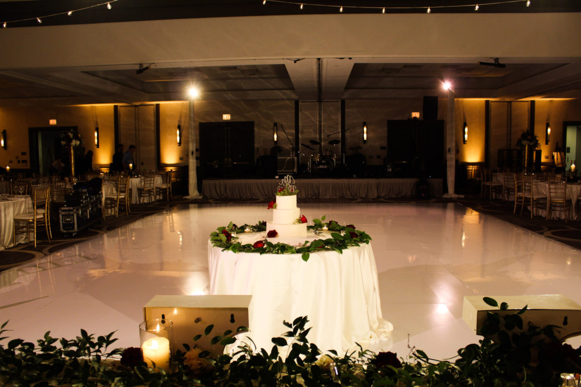 Elegant_Event_Lighting_Chicago_Hilton_Oak_Brook_Wedding_White_Dance_Floor_Lighting
