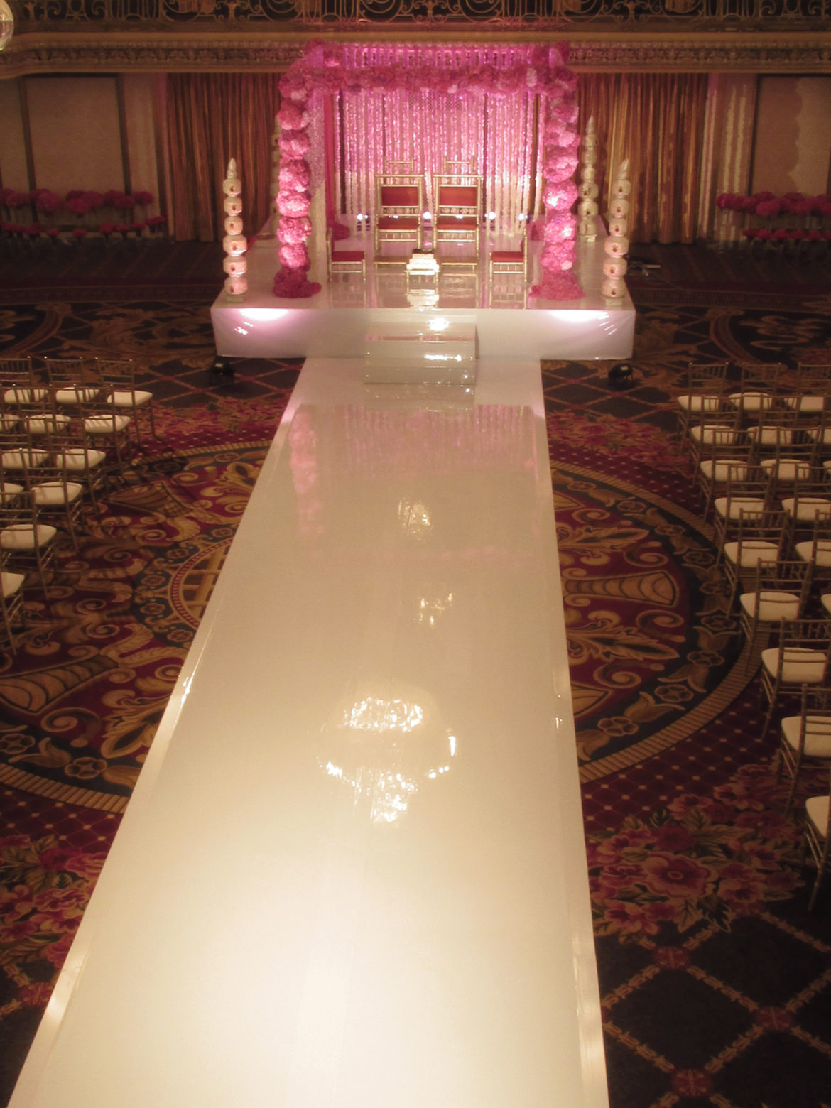 Elegant_Event_Lighting_Chicago_Hilton_Wedding_White_Vinyl_Stage_Runner