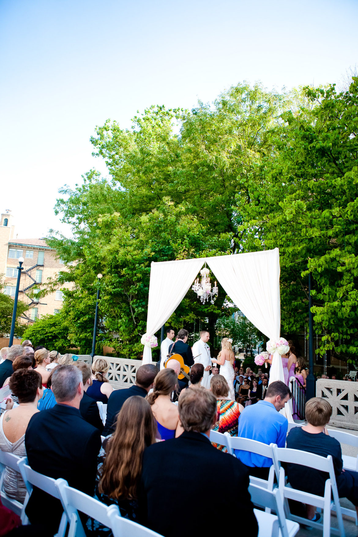 Elegant_Event_Lighting_Chicago_Hotel_Baker_St_Charles_Wedding_Arch_Outdoor_Ceremony