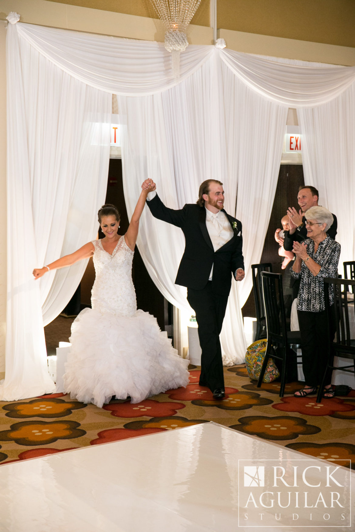 Elegant_Event_Lighting_Chicago_Hotel_Palomar_Wedding_Entrance_Draping_White