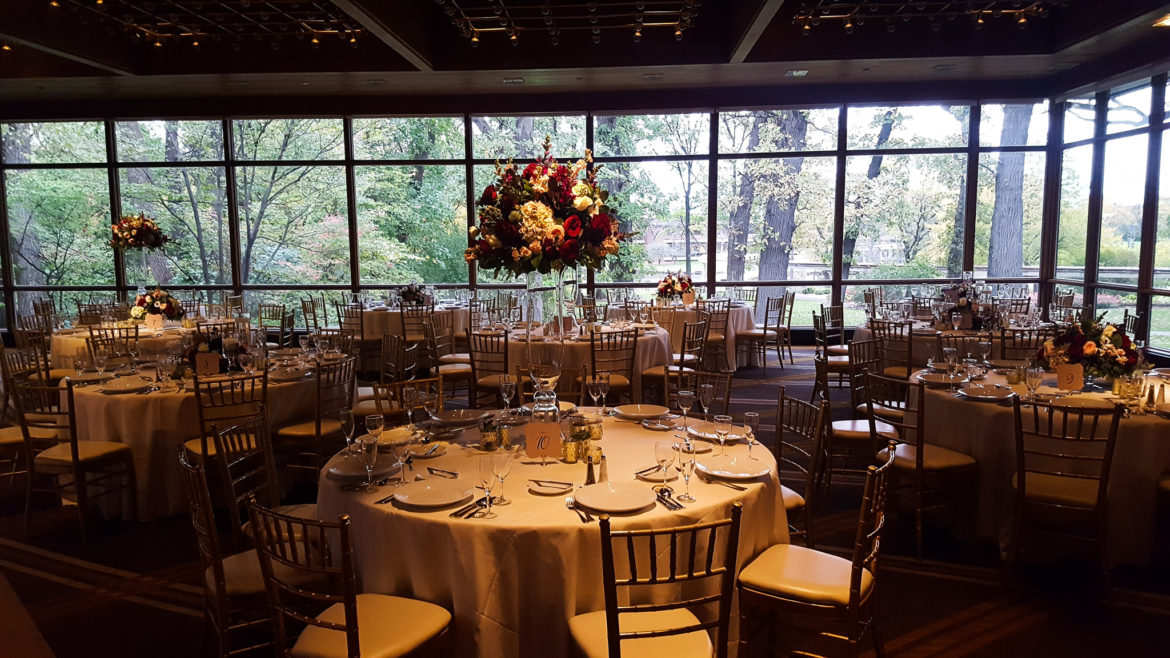 Elegant_Event_Lighting_Chicago_Hyatt_Lodge_Oak_Brook_Wedding_Flower_Ligthing_Centerpiece