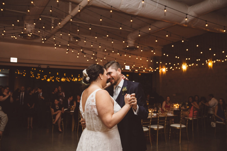 Elegant_Event_Lighting_Chicago_Ignite_Glass_Studios_Wedding_Cafe_Globe_String_Amber_Romantic_Rustic