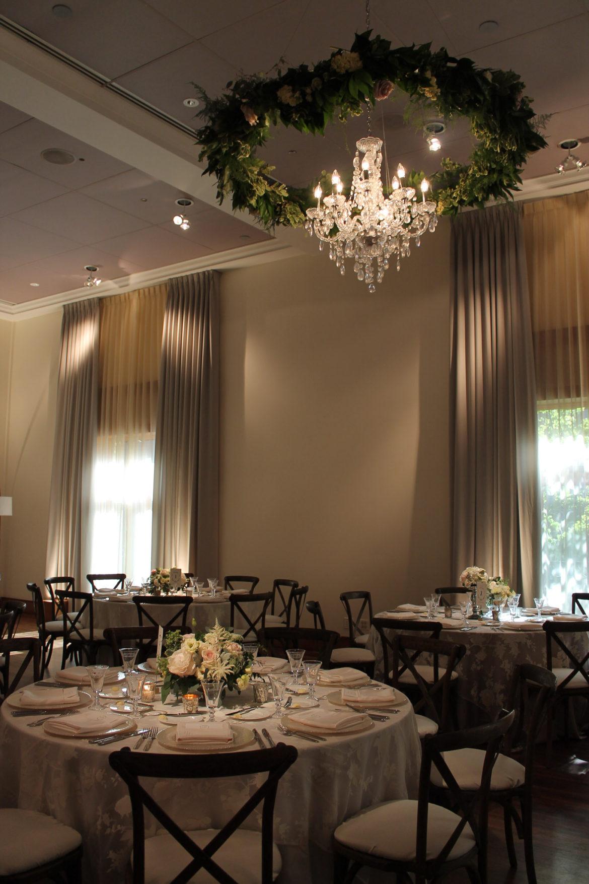 Elegant_Event_Lighting_Chicago_Ivy_Room_Wedding_Chandelier_Garland_Ring