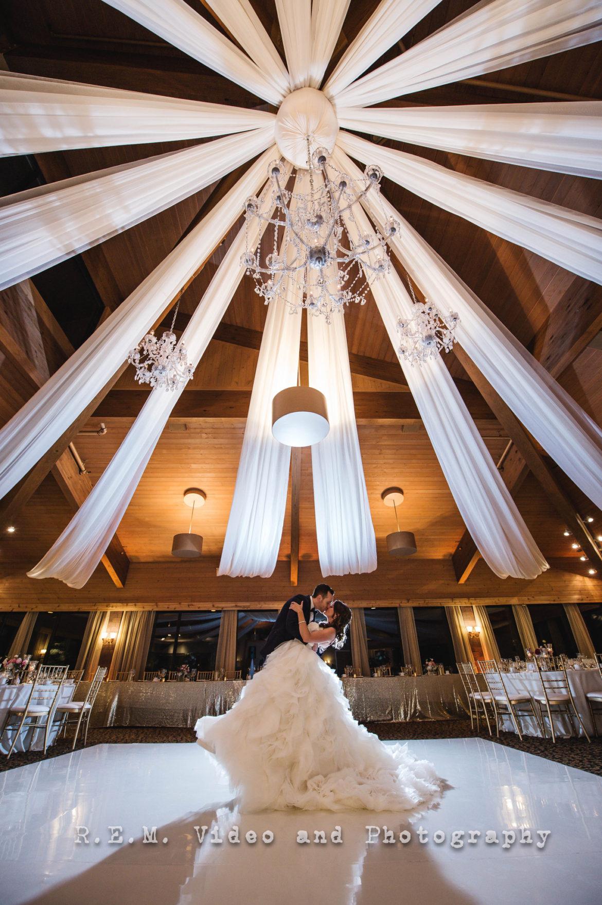 Elegant_Event_Lighting_Chicago_Kemper_-Lakes_Wedding_Ceiling_Canopy_Chandelier_White_Vinyl_Dance_Floor