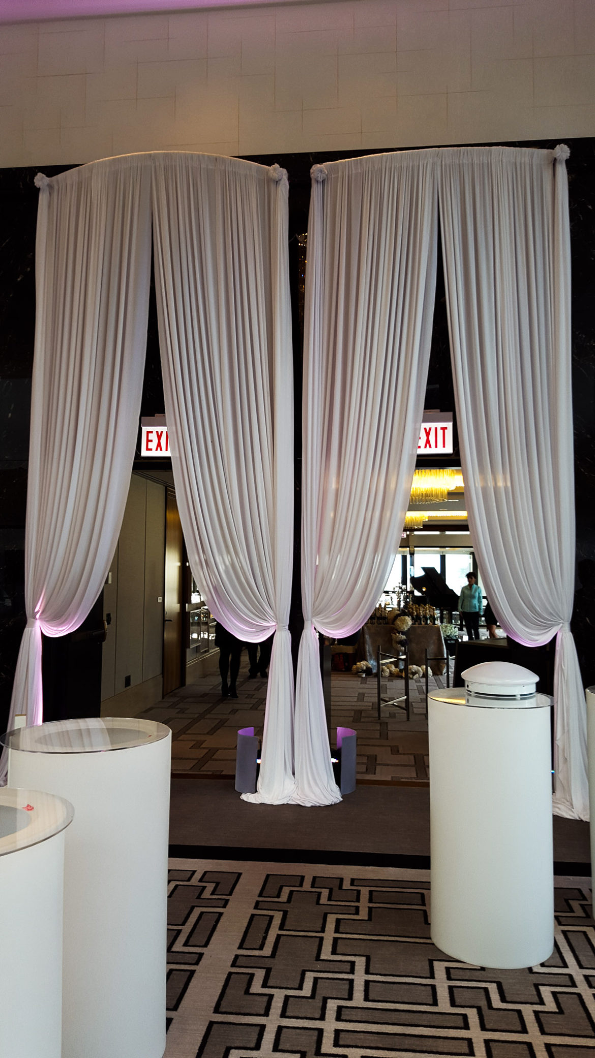 Elegant_Event_Lighting_Chicago_Langham_Wedding_Uplighting_Ivory_Backdrop_Draping_Drape_Opening