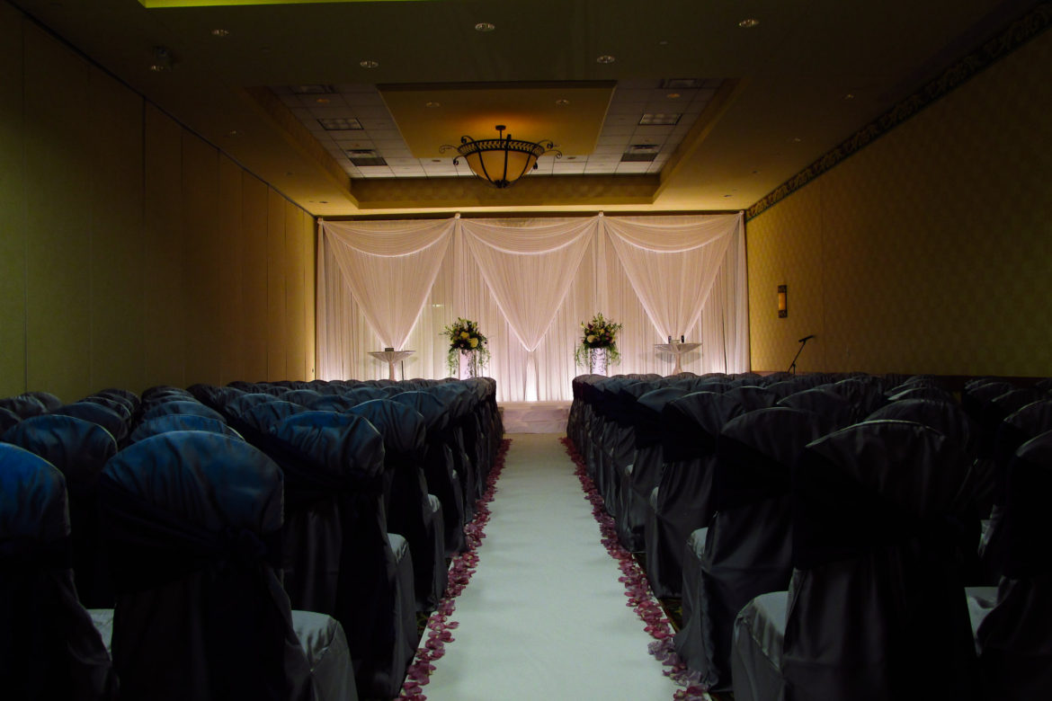 Elegant_Event_Lighting_Chicago_Mariott_Burr_Ridge_Burr_Ridge_Wedding_White_Draping_Ceremony_Soft_LED_Uplighting