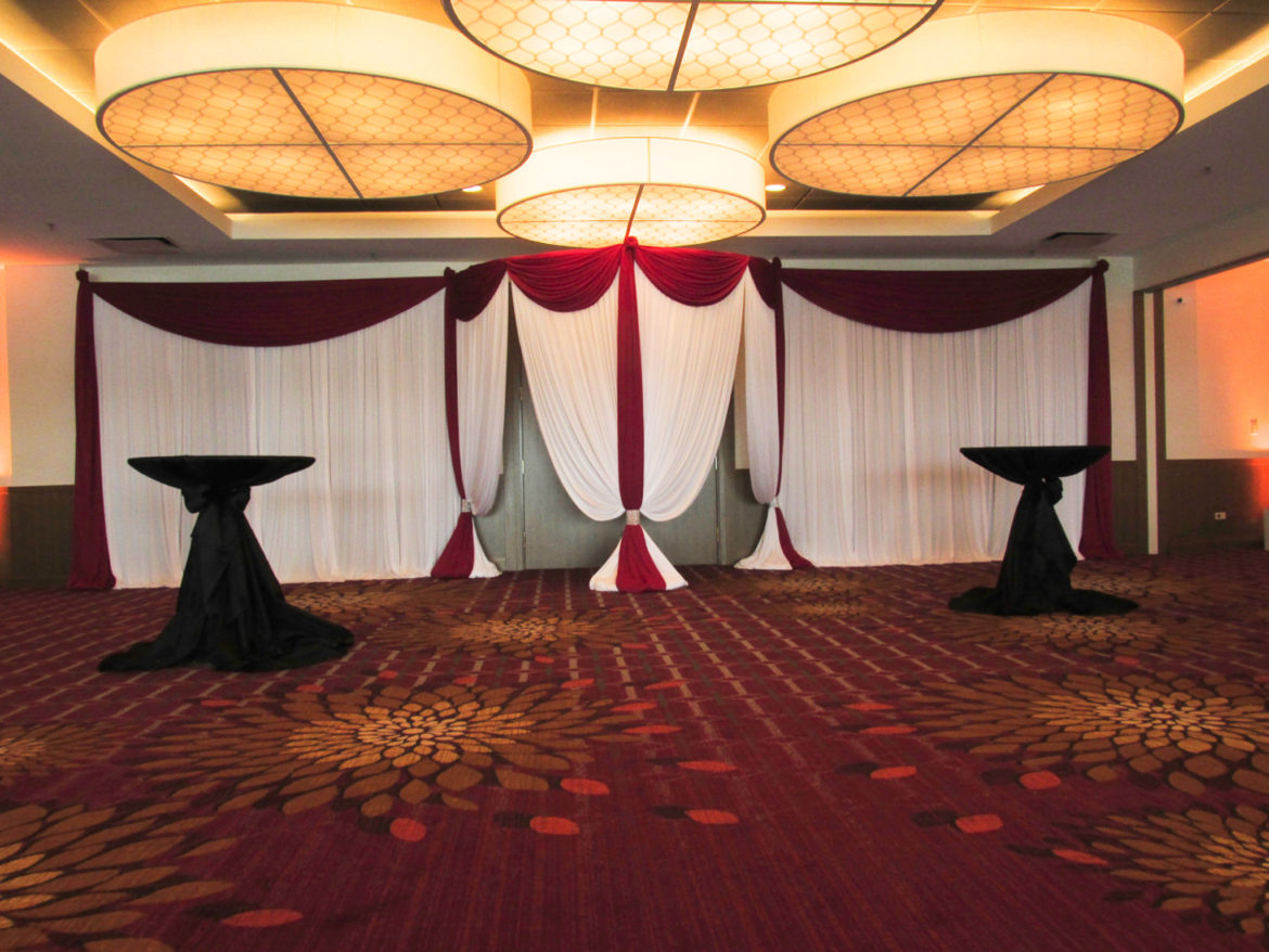 Elegant_Event_Lighting_Chicago_Marriott_Naperville_Wedding_Entrance_Draping