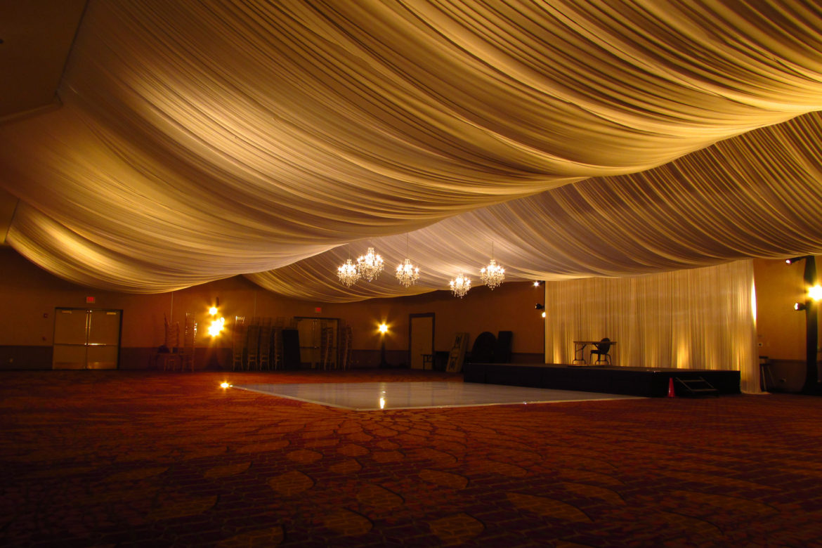 Elegant_Event_Lighting_Chicago_Marriott_Napverille_Wedding_Amber_Uplighting_Backdrop_Ceiling_Drapes_Dance_Floor_Crystal_Chandeliers