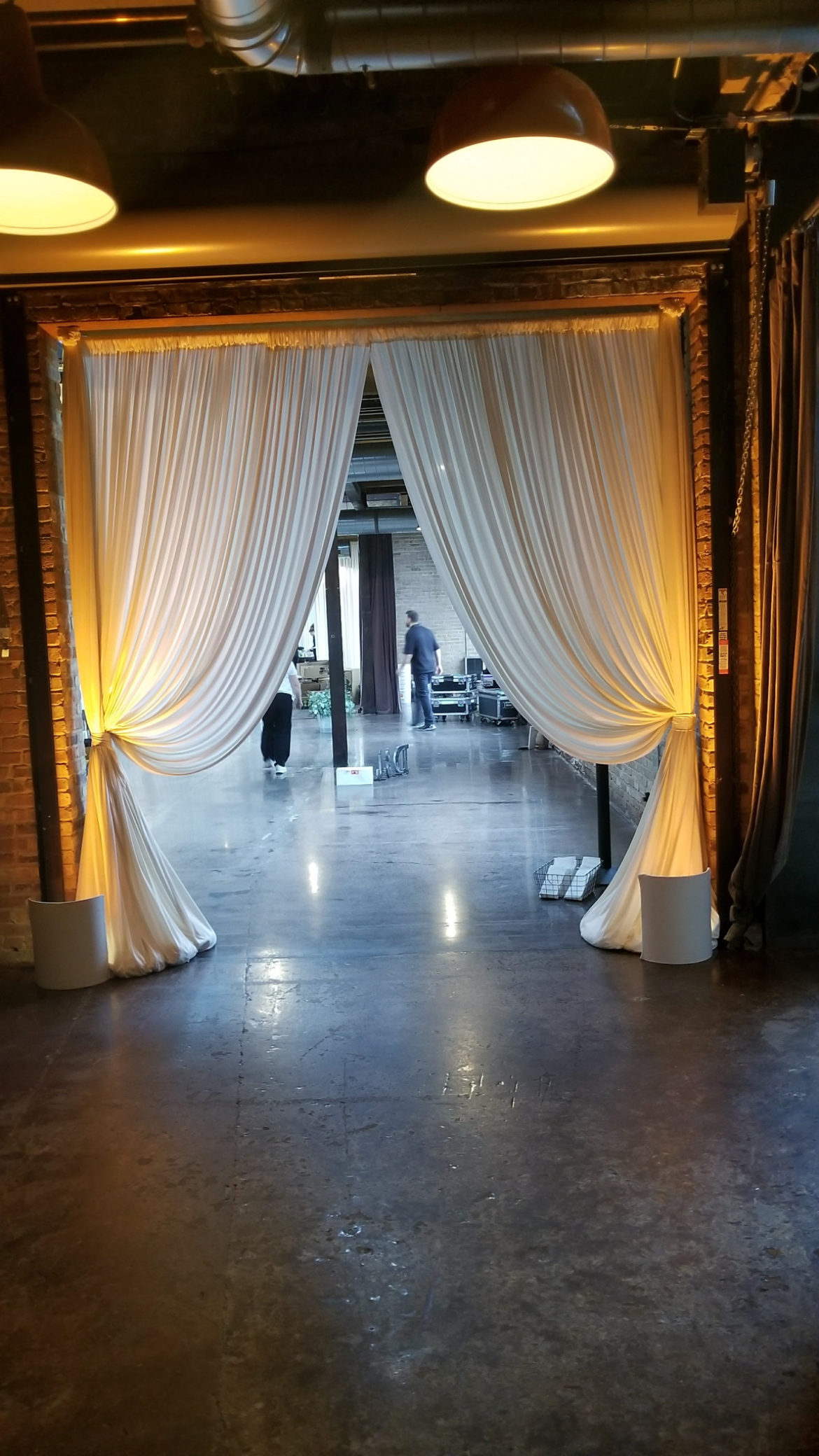 Elegant_Event_Lighting_Chicago_Morgan Manufacturing_Wedding_Ivory_Drape_Entrance