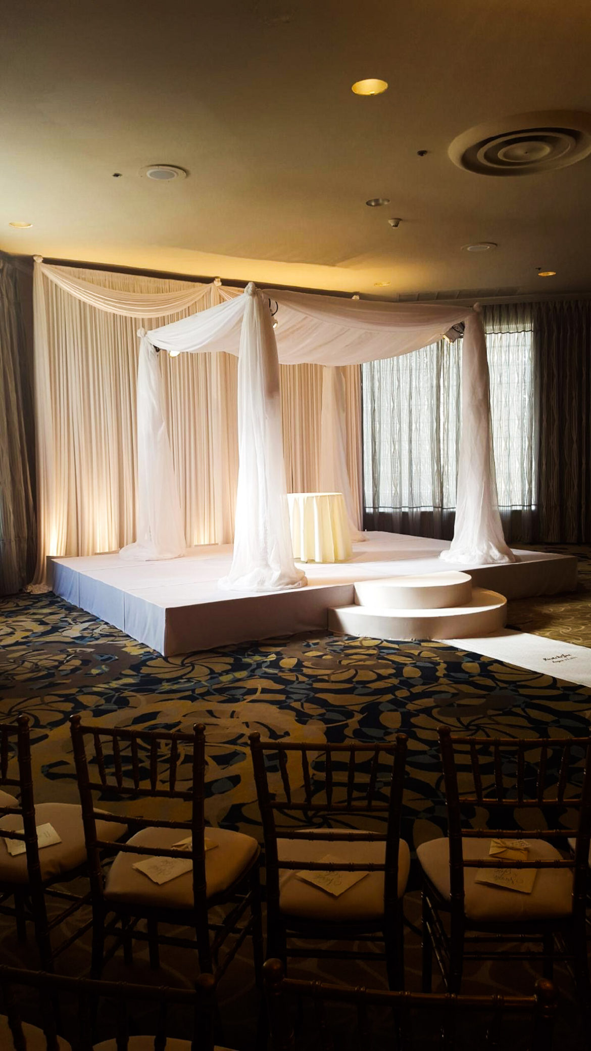 Elegant_Event_Lighting_Chicago_Orrington_Hilton_Evanston_Wedding_Ivory_Backdrop_Draping_Chuppah_Bridal_Canopy_Stage_Cover_Aisle_Runner_Moon_Steps