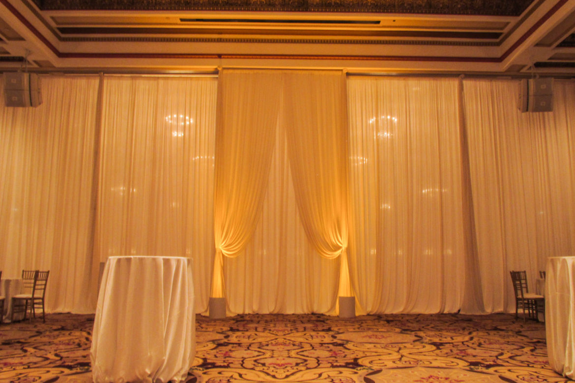 Elegant_Event_Lighting_Chicago_Palmer_House_Hilton_Wedding_Ivory_Entrance_Draping_Amber_Uplighting