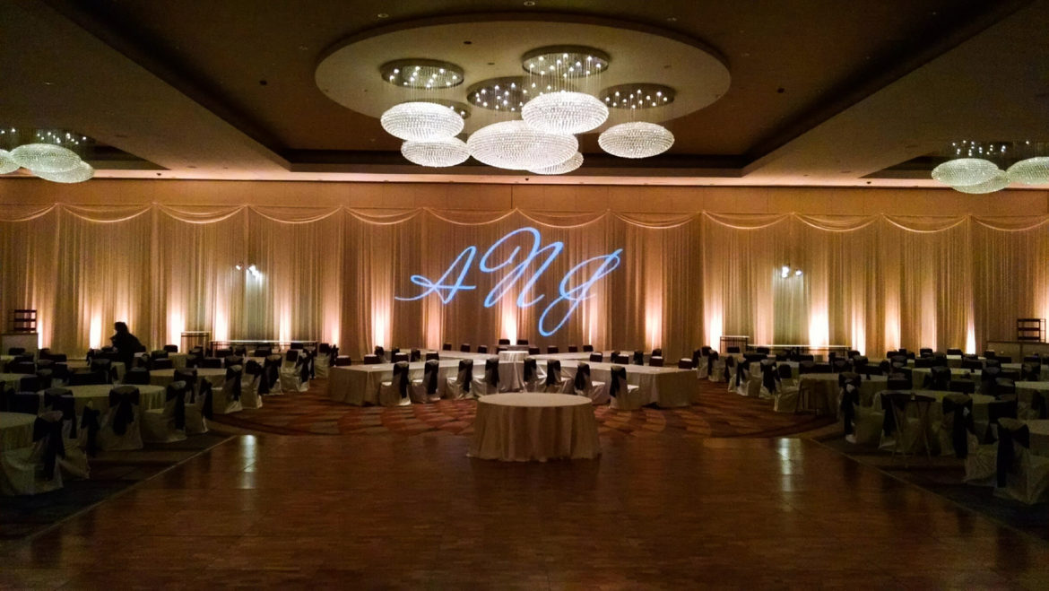 Elegant_Event_Lighting_Chicago_Renaissance_Schaumburg_Wedding_Uplighting_Amber_Ivory_Backdrop_Draping_Monogram_Elegant