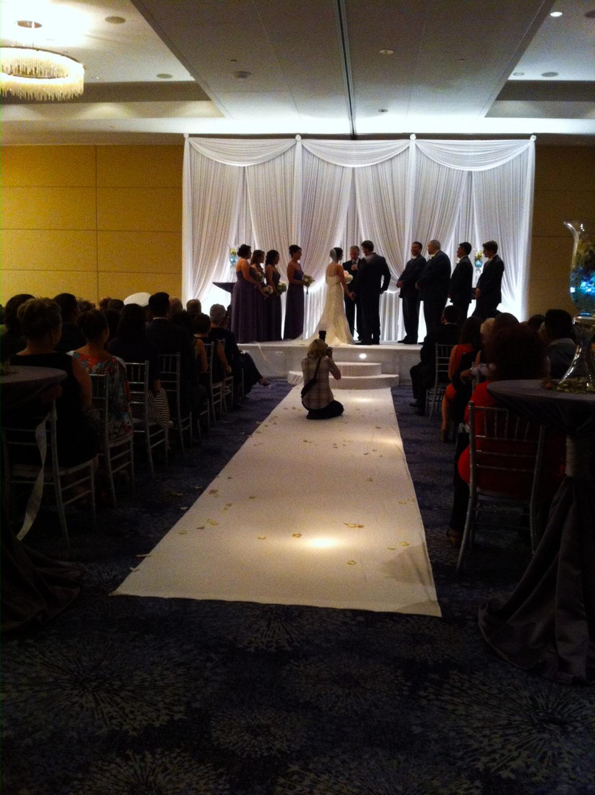 Elegant_Event_Lighting_Chicago_Renaissance_Schaumburg_Wedding_Uplighting_White_Backdrop_Draping_Stage_Cover_moon_Steps_Aisle_Runner