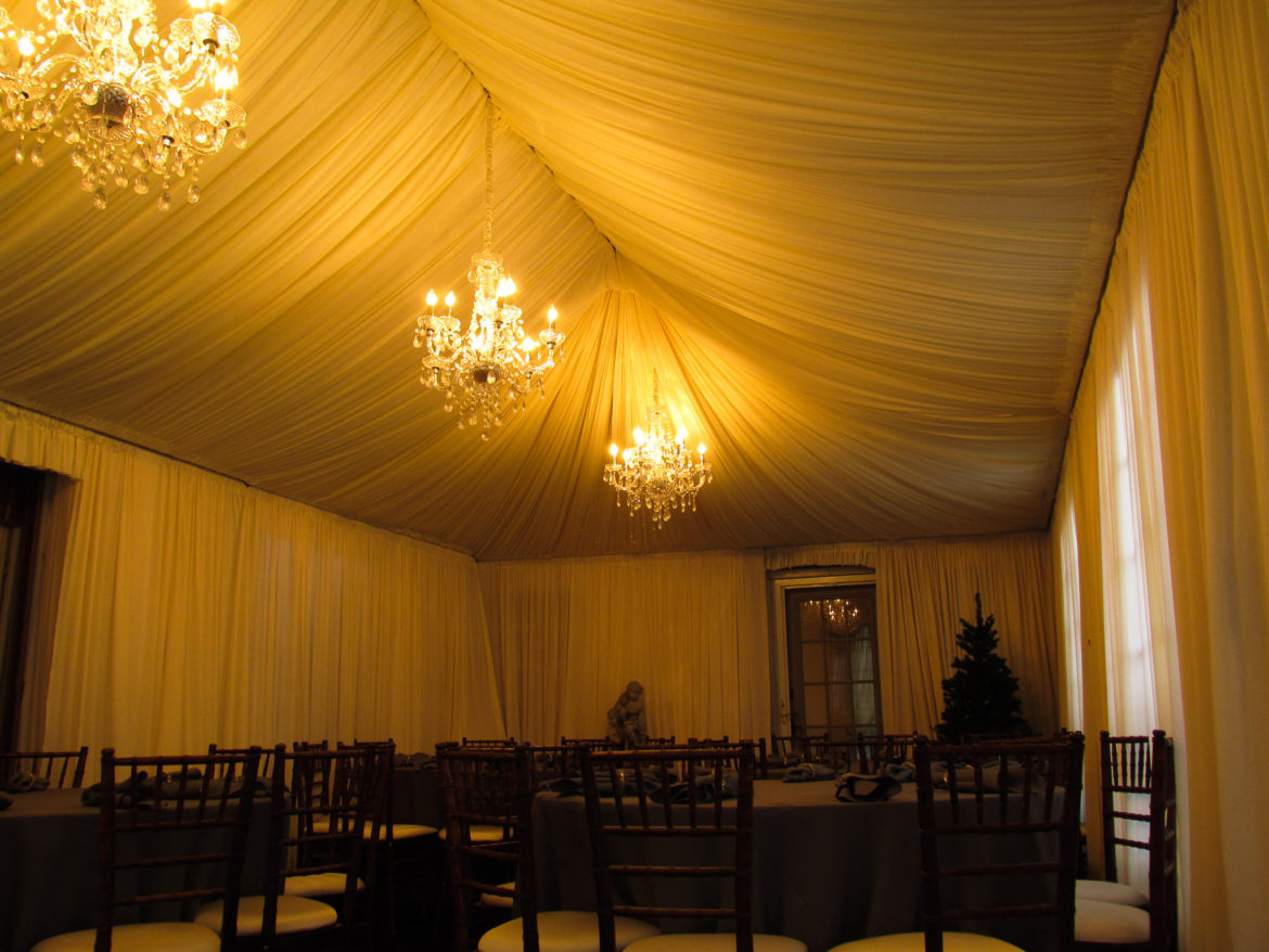 Elegant_Event_Lighting_Chicago_Residence_Lake_Forest_Wedding_Crystal_Chandelier_Ivory_Celiing_Drapes