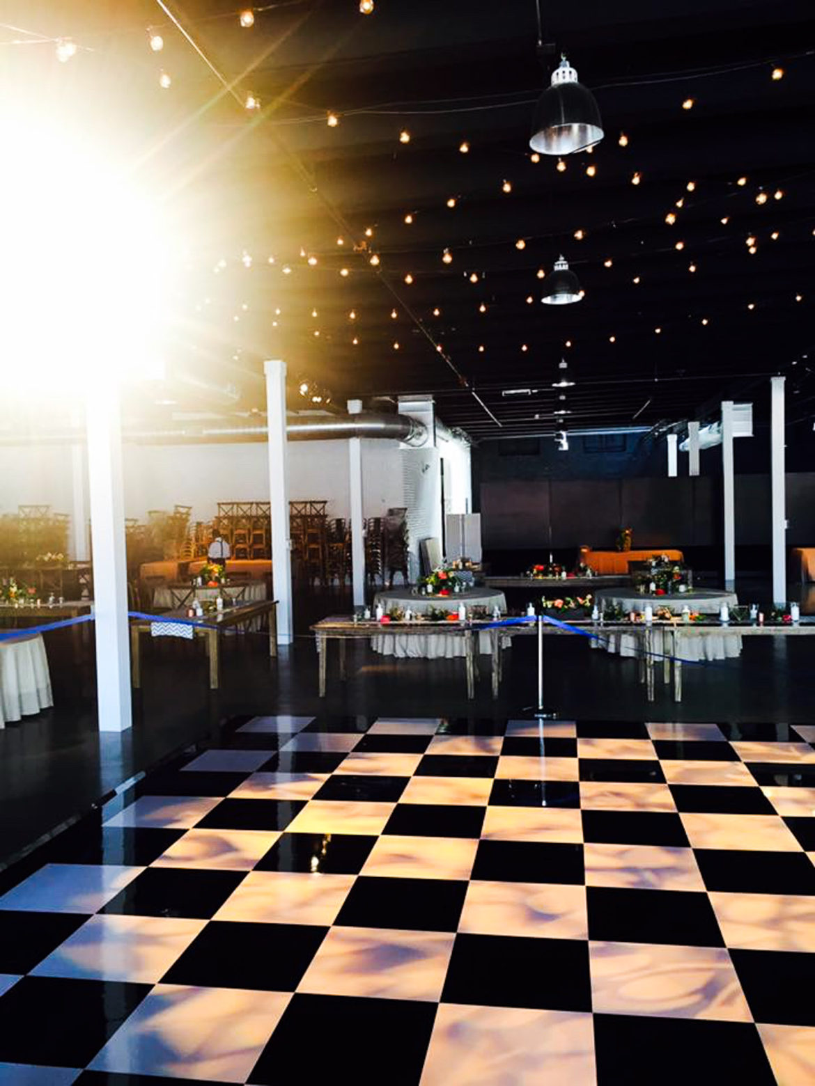 Elegant_Event_Lighting_Chicago_Revel_Fulton_Market_Wedding_Black_White_Checkerd_Floor