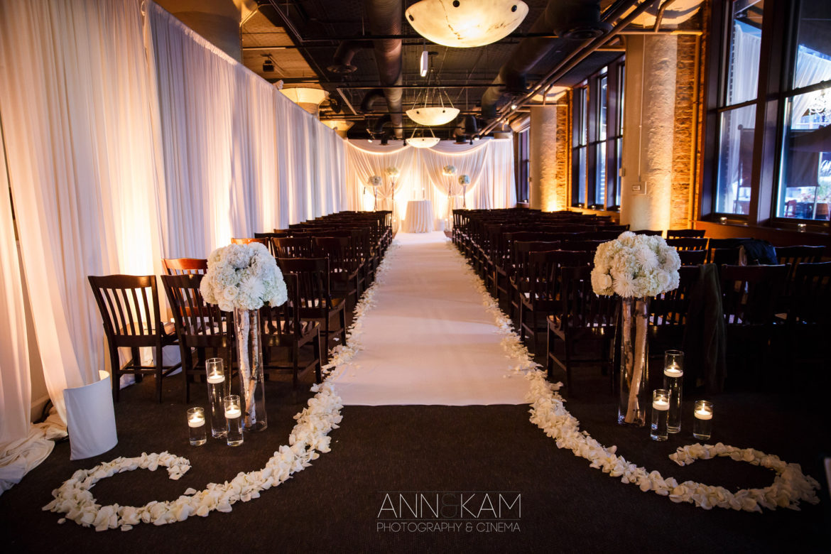 Elegant_Event_Lighting_Chicago_River_Roast_Wedding_Amber_Uplighting_Ivory_Backdrop_Aisle_Runner_Flower