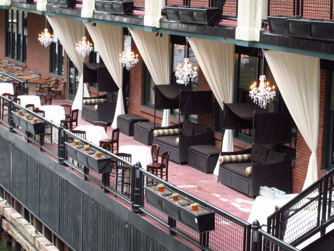 Elegant_Event_Lighting_Chicago_River_Roast_Wedding_Outdoor_Lights_Drapes_Draping_Ivory_Crystal_Chandeliers