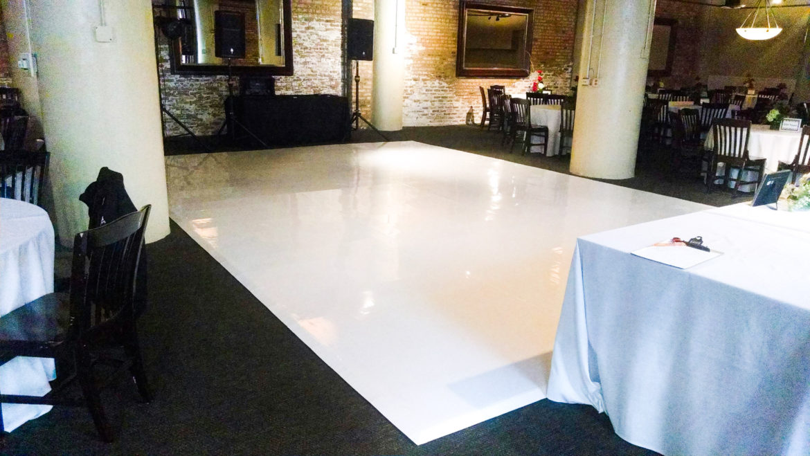 Elegant_Event_Lighting_Chicago_River_Roast_Wedding_White_Dance_floor