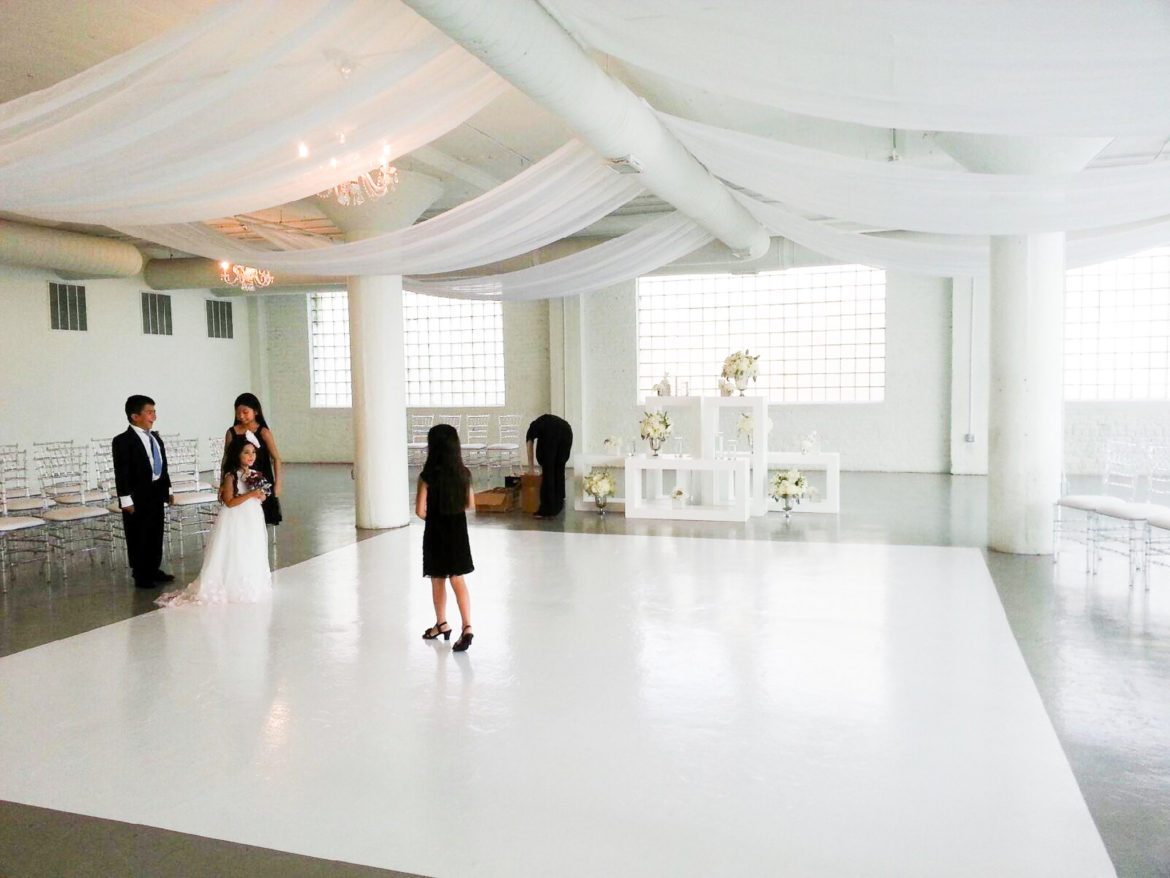 Elegant_Event_Lighting_Chicago_Room_1520_Wedding_Ceiling_Drapes_White-Dance_Floor