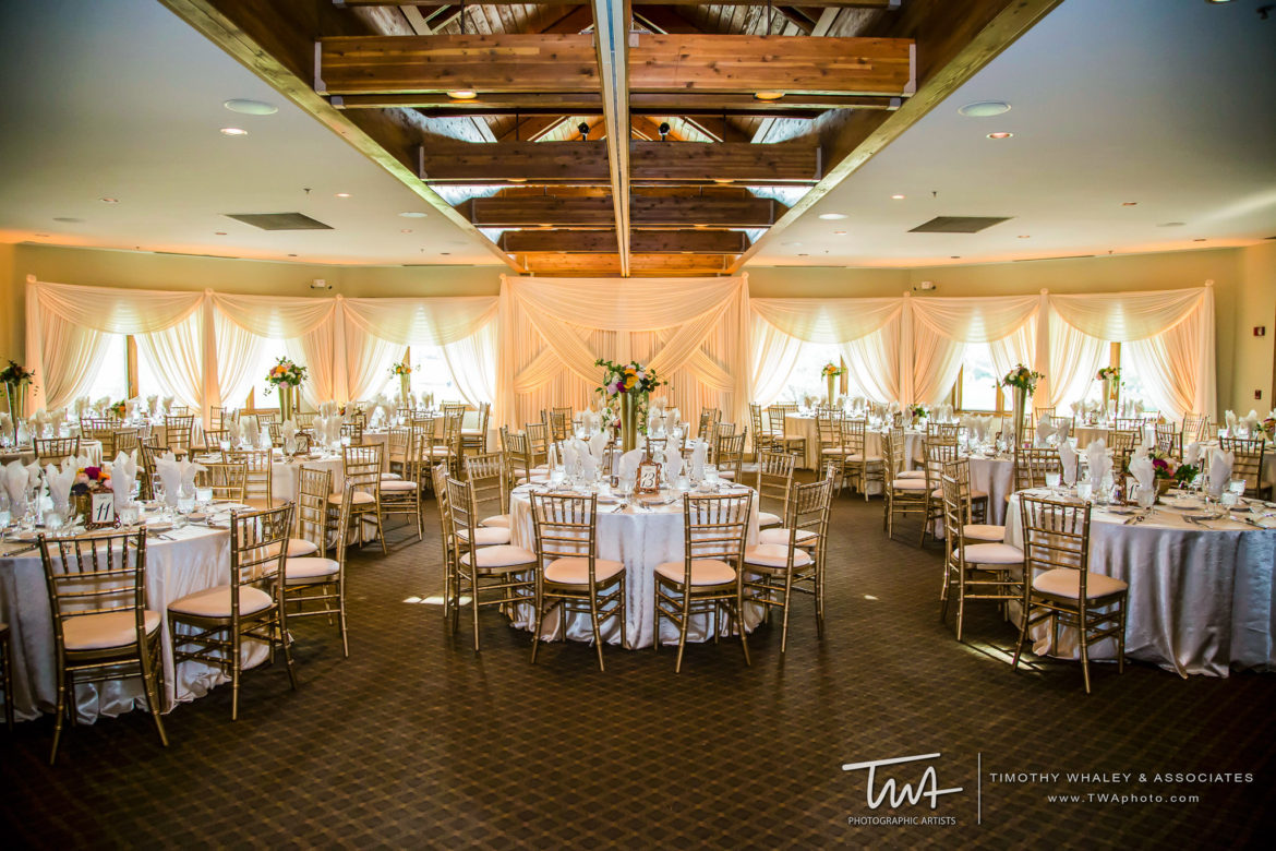 Elegant_Event_Lighting_Chicago_Seven_Bridges_Wedding_Amber_Uplighting_Ivory_Backdrop_Draping_Flower_Reception_Elegant