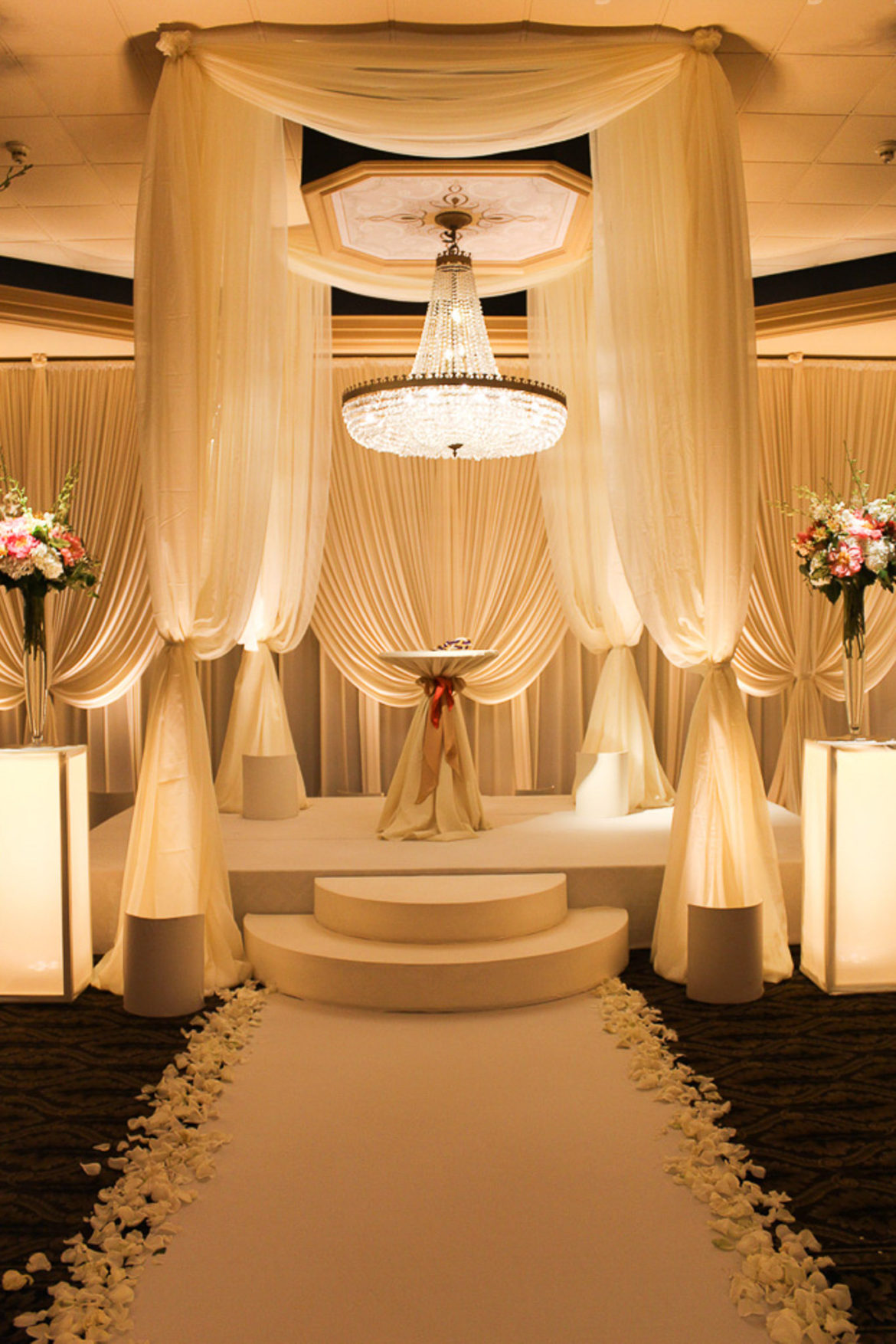 Elegant_Event_Lighting_Chicago_The_Carlisle_Wedding_Ivory_Bridal_Canopy_Chuppah_Backdrop_Flower_Pedestals_Stage_Cover_Moon_Steps_Aisle_Runner.